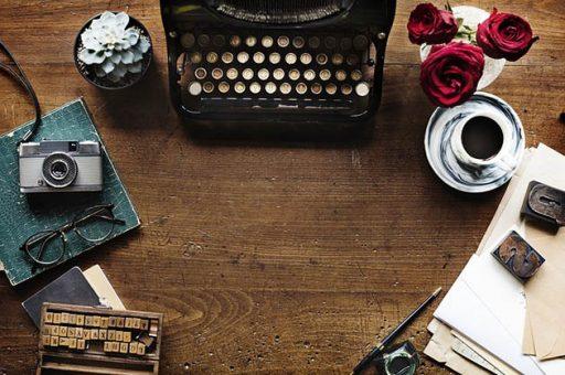 typewriter-2306479_640